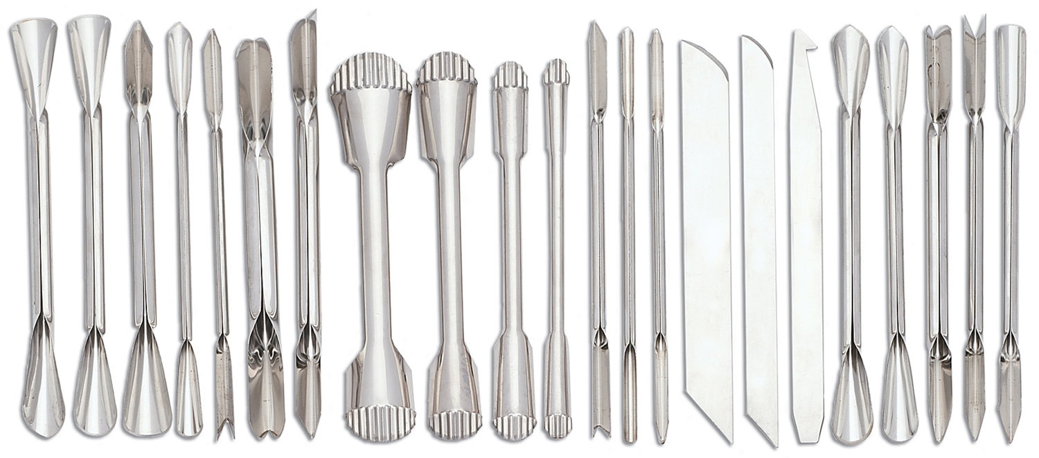 Set of vegetable carving tools